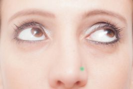 眼球運動で精神的にリセットできる?ここぞの時に使える「Sパターン」